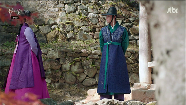 Hanyeodeul-Costumes-3-650