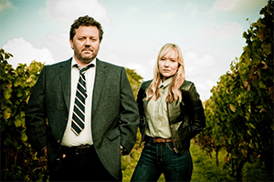 TheBrokenwoodMysteries-Alternate-300