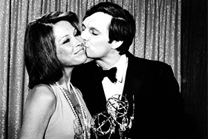 EmmyAwards-1974-PrimetimeSuperEmmyAward-300